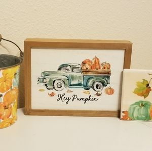 Bundle of sweet Fall decor